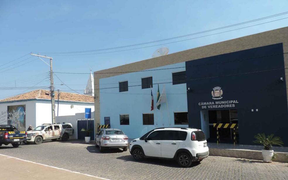 Mandados foram cumpridos na Câmara Municipal de Veradores de Correntina no dia da operação Último Tango (Foto: Arquivo Pessoal)