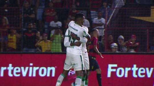 Pedrão faz jogo seguro pelo América-MG e coroa atuação com gol diante do Sport