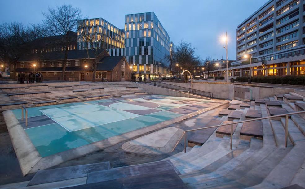 Quadra da praça Benthemplein, em Roterdã, na Holanda, em um dia sem chuva  — Foto: Divulgação: Jeroen Musch, Ossip van Duivenbode, pallesh+azarfane, Jurgen Bals and De Urbanisten (Florian Boer & Eduardo Marin)