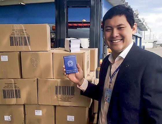 Helton Yomura virou ministro do Trabalho depois que a Justiça barrou a indicação de Cristiane Brasil para o posto (Foto: Divulgação/Ministério do Trabalho)