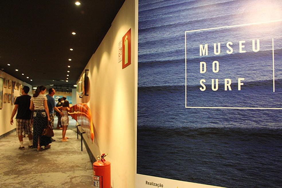 Quadro — Foto: Os visitantes curtem o surfe no AquaRio - Foto: divulgação