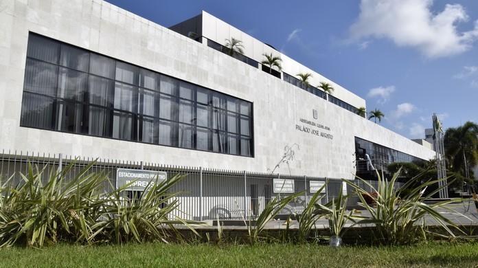 Resultado de imagem para situação das escolas da rede estadual potiguar