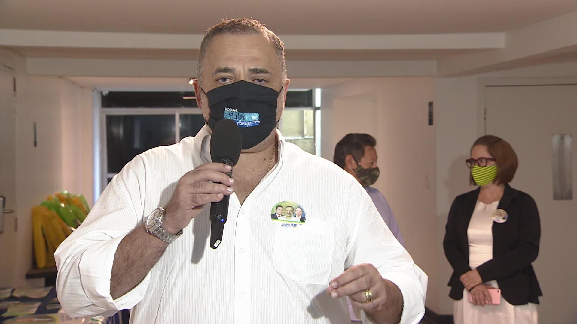 Marco Aurélio promete reduzir IPTU de quem colocar bandeiras do Brasil e de Pernambuco na frente de casa