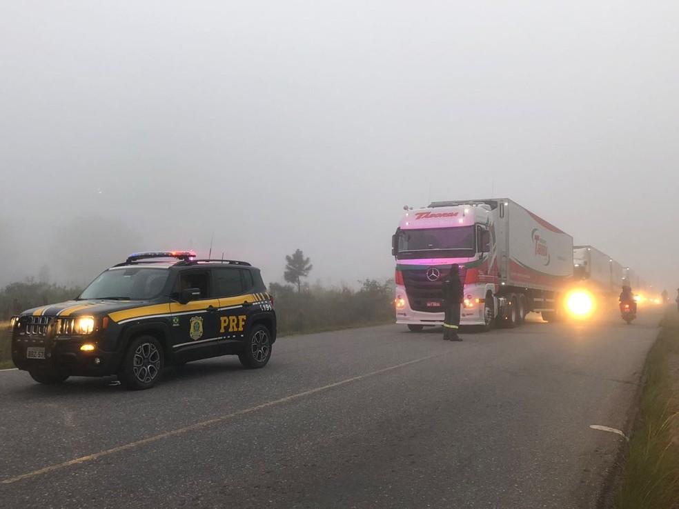 Greve dos caminhoneiros chega ao 10º dia, nesta quarta-feira (30), nas estradas do Paraná (Foto: PRF/Divulgação)
