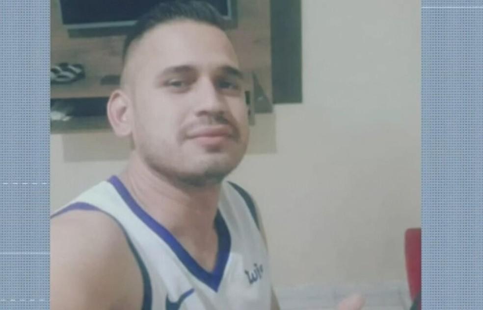 Jaelson, de 39 anos, foi baleado por criminoso pago pela namorada dele — Foto: TV Verdes Mares/Reprodução