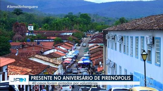 Casas de Pirenópolis são pintadas em comemoração ao aniversário de 292 anos
