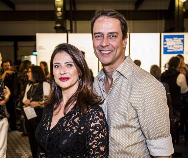 Marcello Antony e a mulher, Carol Villar  (Foto: Hermes de Paula/Fundação EDP)