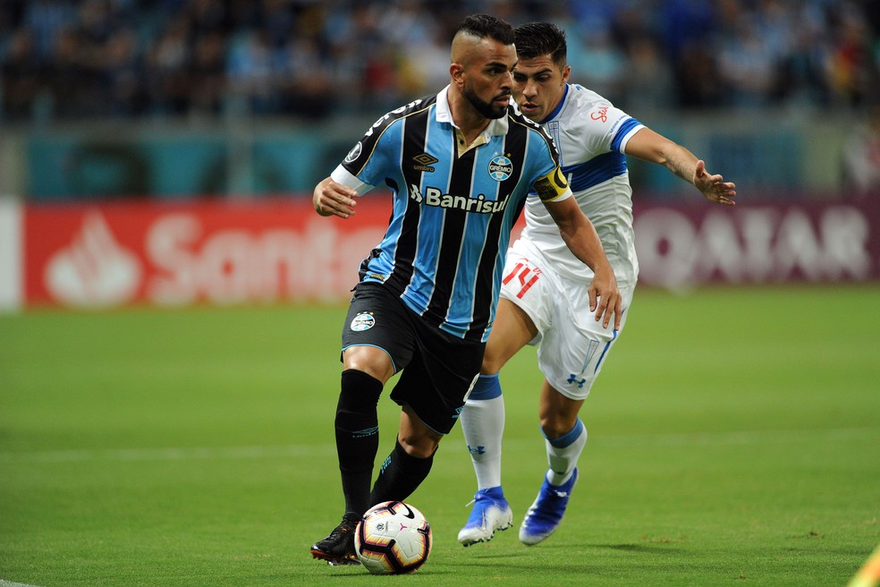 Maicon destacou recuperação gremista após derrota no Brasileiro — Foto: Wesley Santos/Agência PressDigital