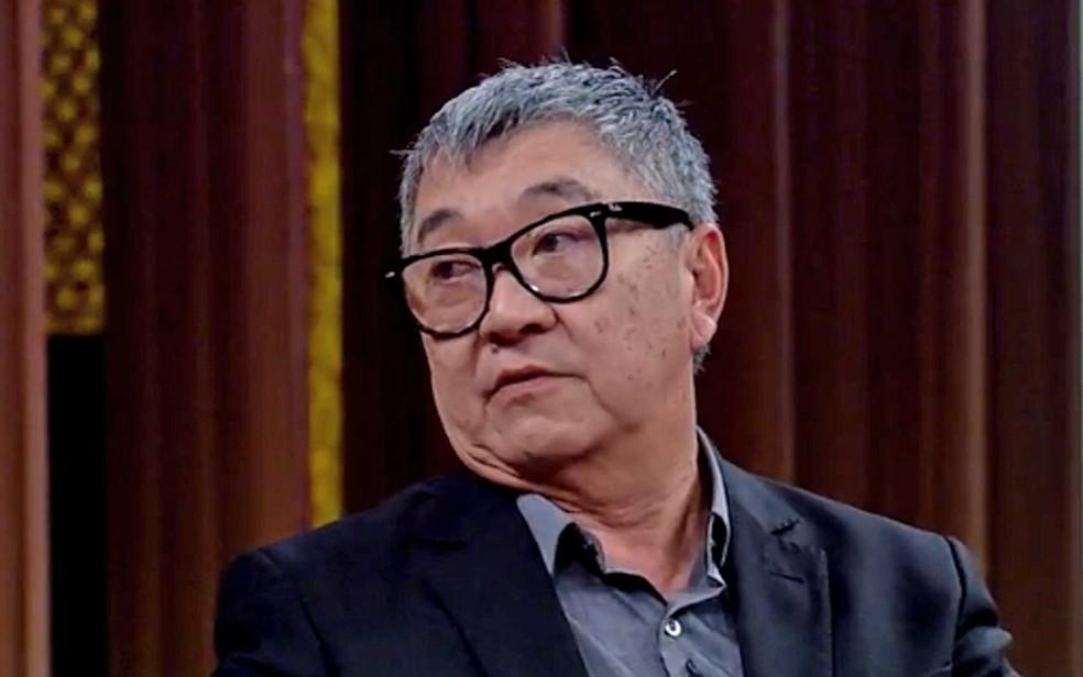 Newton Ishii, o 'Japonês da Federal', durante o programa 'Conversacom Bial' (Foto: Reprodução / TV Globo)