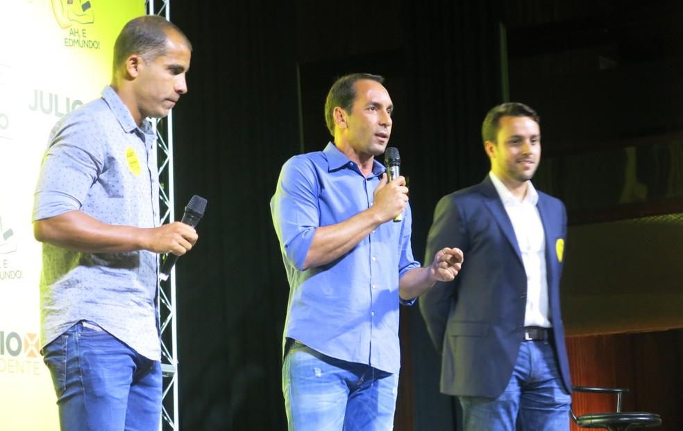 Felipe e Edmundo devem compor direção do Vasco em caso de vitória de Brant — Foto: Edgard Maciel