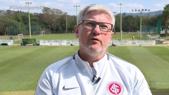 """""""Privilegiado"""" no Inter, Odair tira lições de Atibaia e da Copa para quebrar tabus"""