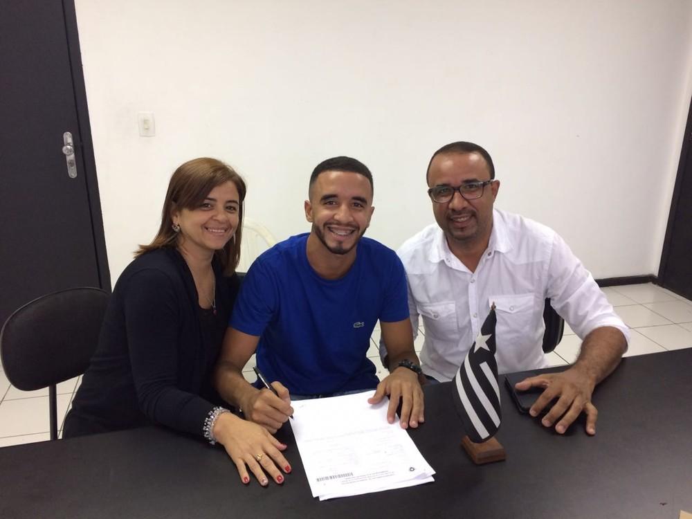 Andrés conta quem é contratação surpresa para 2019 do Botafogo!