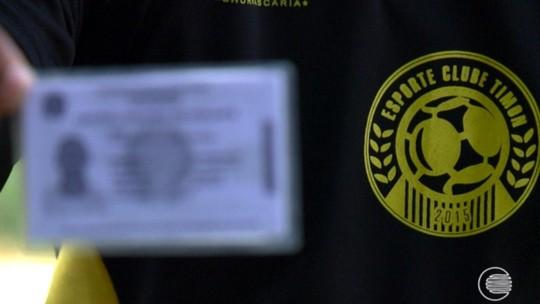 De vigia a xerife na zaga: Leandro relembra tempos de segurança e celebra gol decisivo em vitória