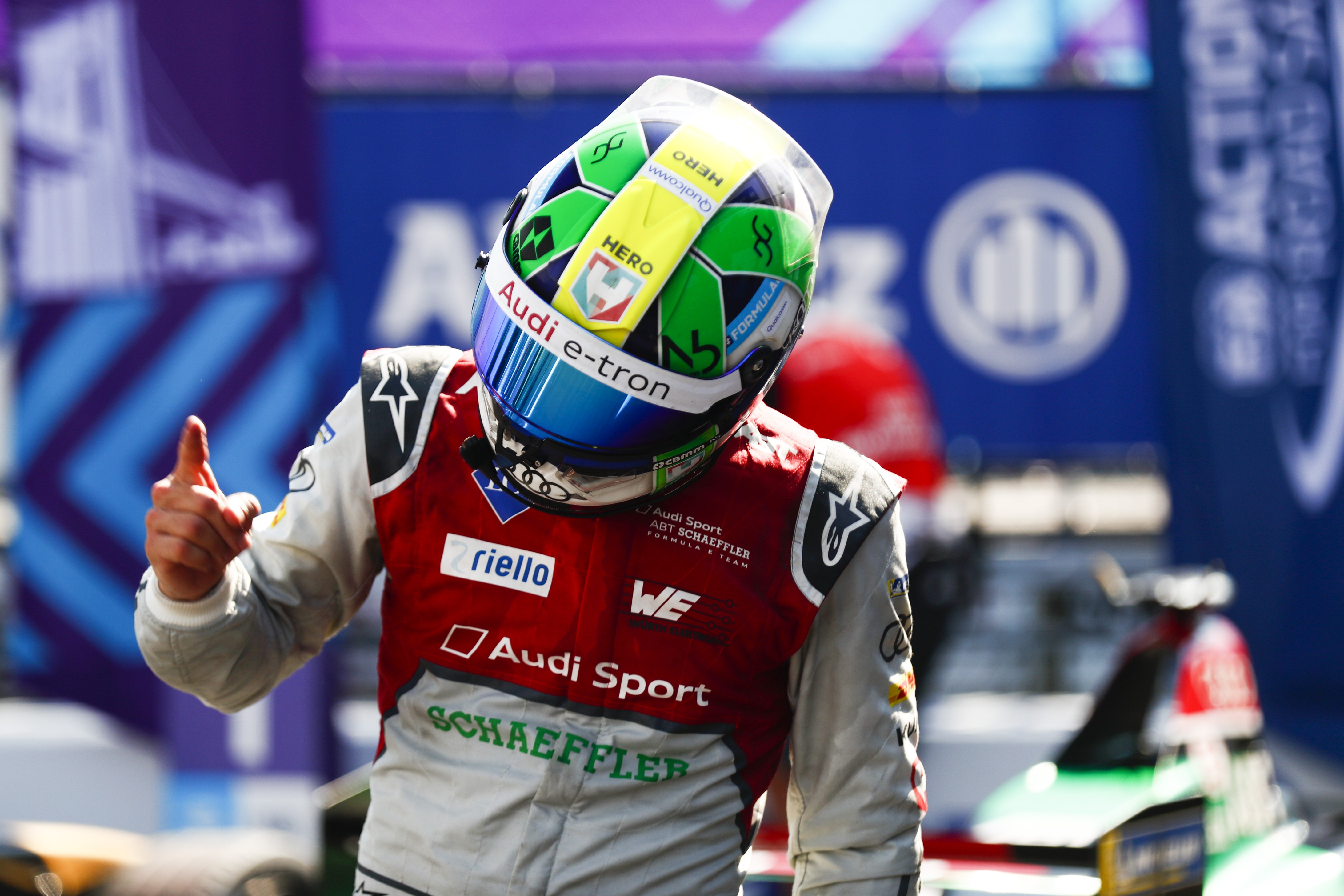 Lucas Di Grassi celebra vitória na etapa de Nova York da Formula E (Foto: Getty Images)