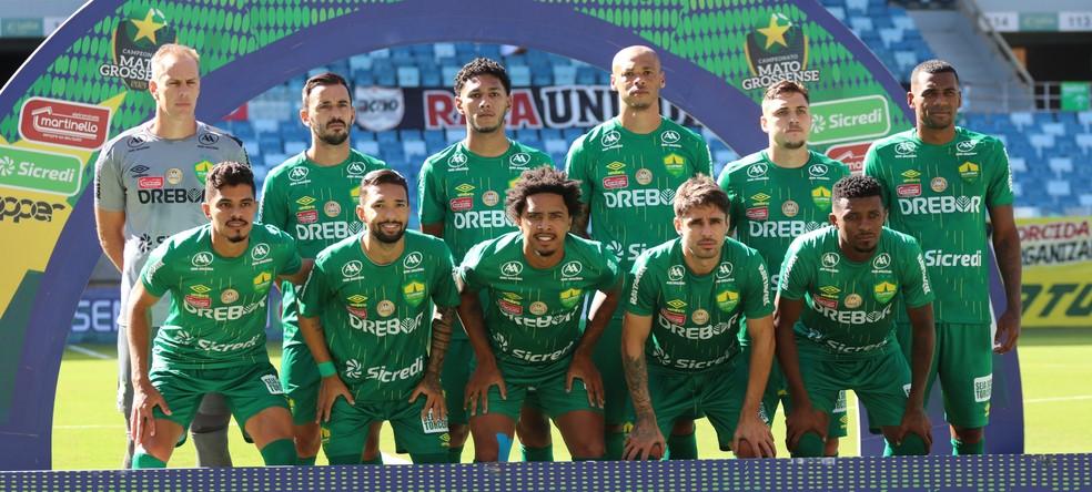 O Cuiabá faz sua estreia no Brasileirão — Foto: AssCom Dourado