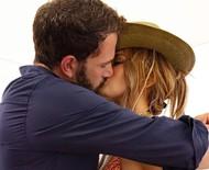 """Jennifer Lopez e Ben Affleck acreditam que retomada do romance """"é para valer"""""""