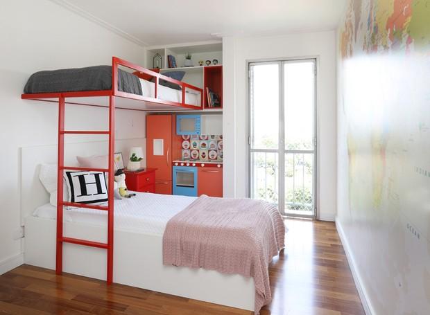 Apartemento reformado pela arquiteta Ana Brito (Foto: Mariana Orsi/Divulgação)