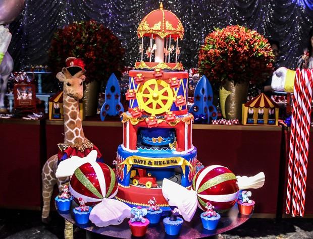 Decoração do aniversário de Davi e Helena, filhos de Hudson e Thayra Machado (Foto: Thiago Duran/AgNews)
