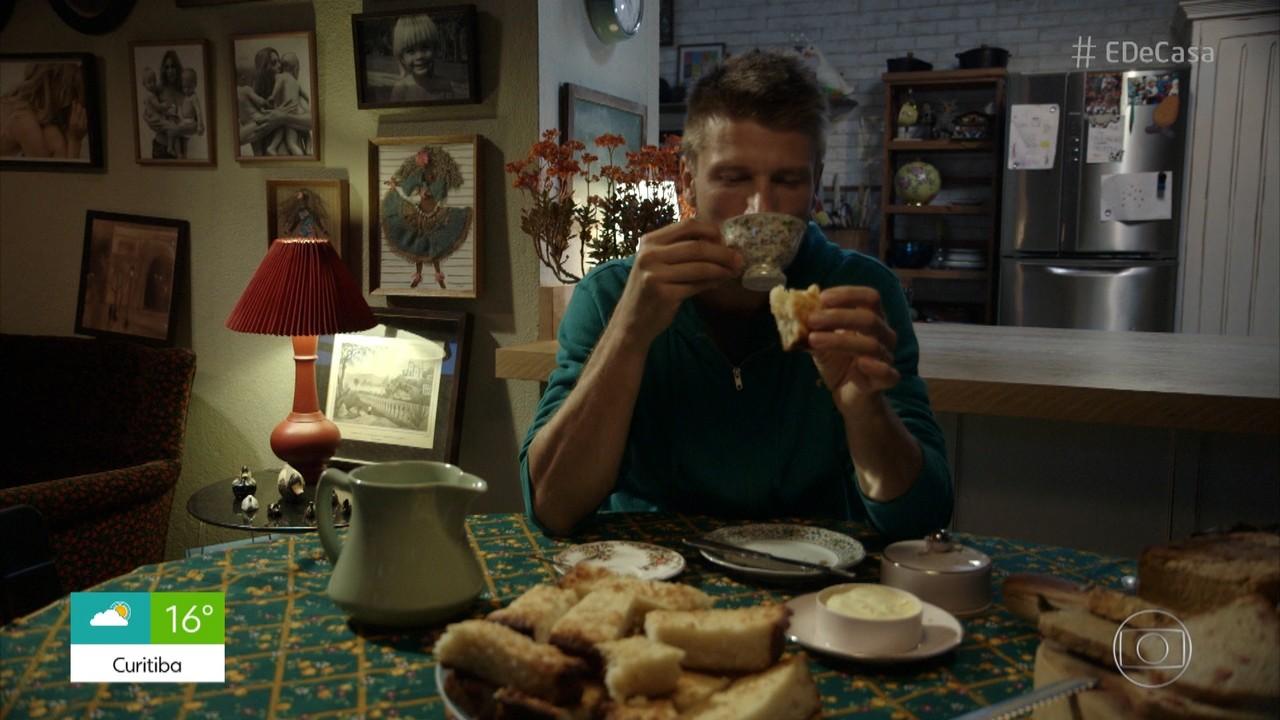 Hilbert faz receitas de pães para um café da tarde caprichado