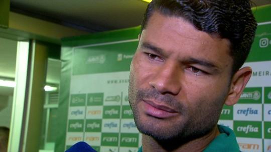 """Gum explica lance da expulsão, vê """"decisão precipitada"""" do árbitro e aponta Chapecoense prejudicada"""