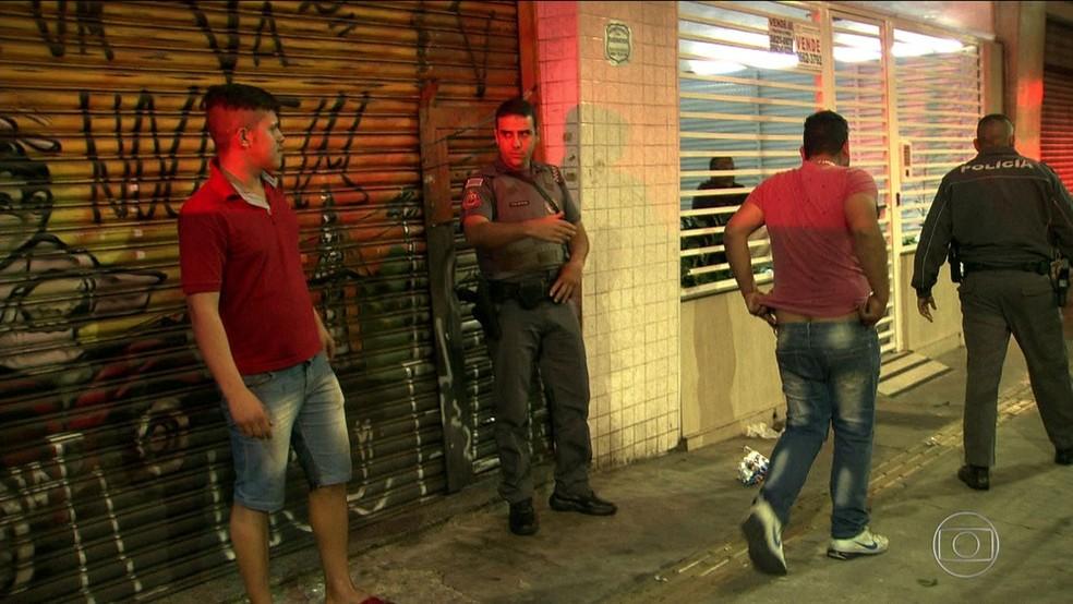2 - Torcedor do Palmeiras morre após ser esfaqueado em briga com corintianos