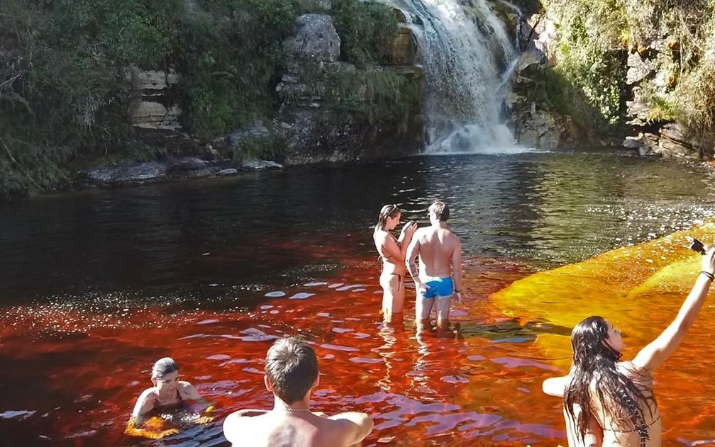 Parque Estadual do Ibitipoca - águas 'cor de coca-cola' atraem milhares de turistas a Ibitipoca todos os anos — Foto: Dimas Stephan/G1