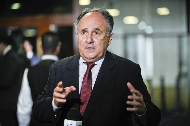 Senador Cristovam Buarque (PPS-DF) (Foto: Jane de Araújo / Agência Senado)