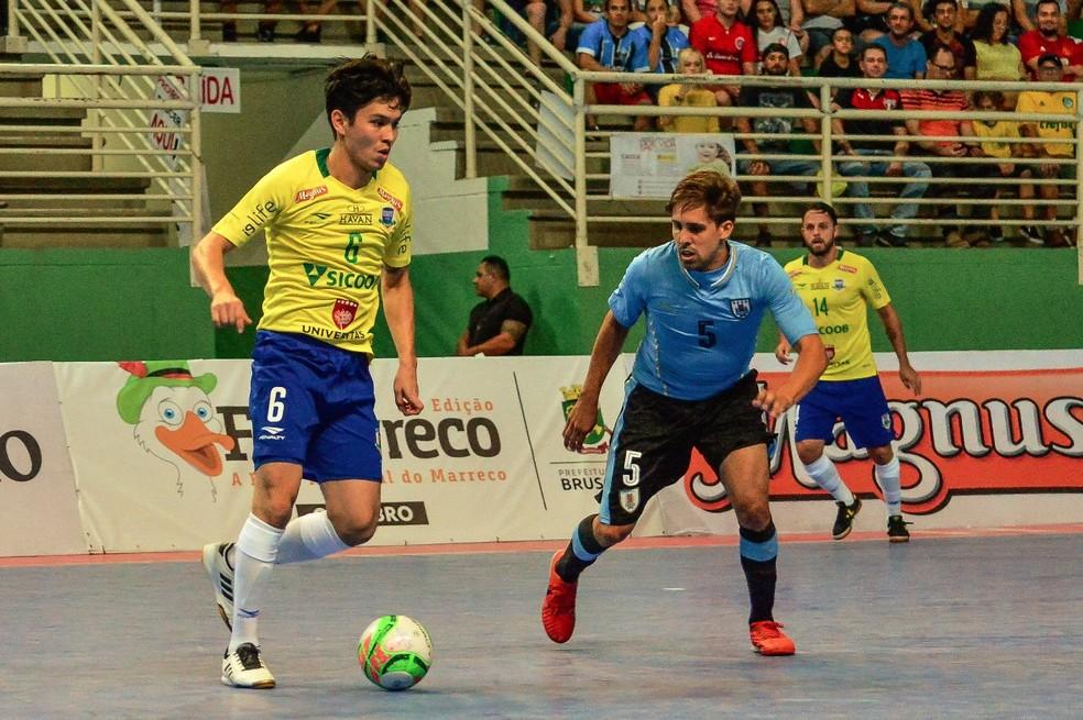 ... Daniel Japonês em ação pela seleção brasileira no Grand Prix b86975f8aa1df