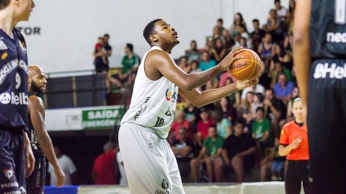 99abe43d7f Bauru perde Maikão para o basquete espanhol e ameaça fechar a base  entenda