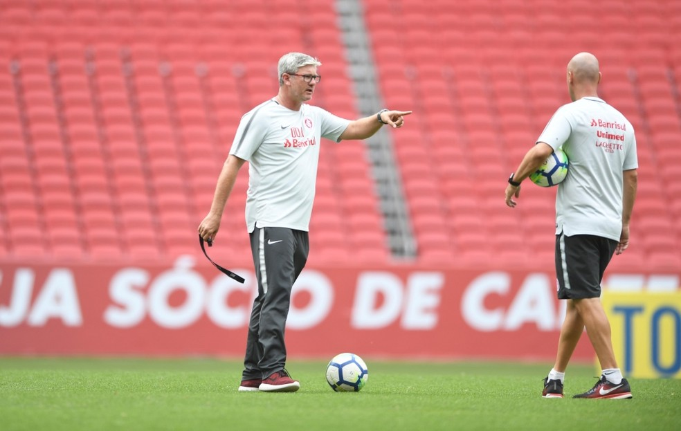 Inter de Odair Hellmann foi convidado pelo San Lorenzo para amistoso — Foto: Ricardo Duarte/Inter