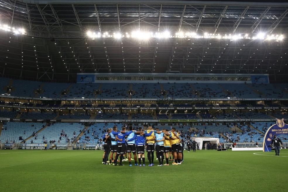 Jogadores do Grêmio reunidos antes do jogo contra o Sport — Foto: Lucas Uebel/Divulgação Grêmio