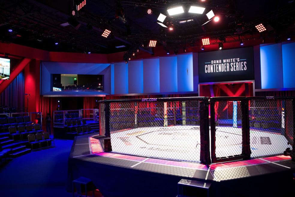O UFC APEX, onde é filmado o Contender Series, é uma opção para a realização dos próximos eventos do Ultimate que ainda não foram cancelados — Foto: Divulgação