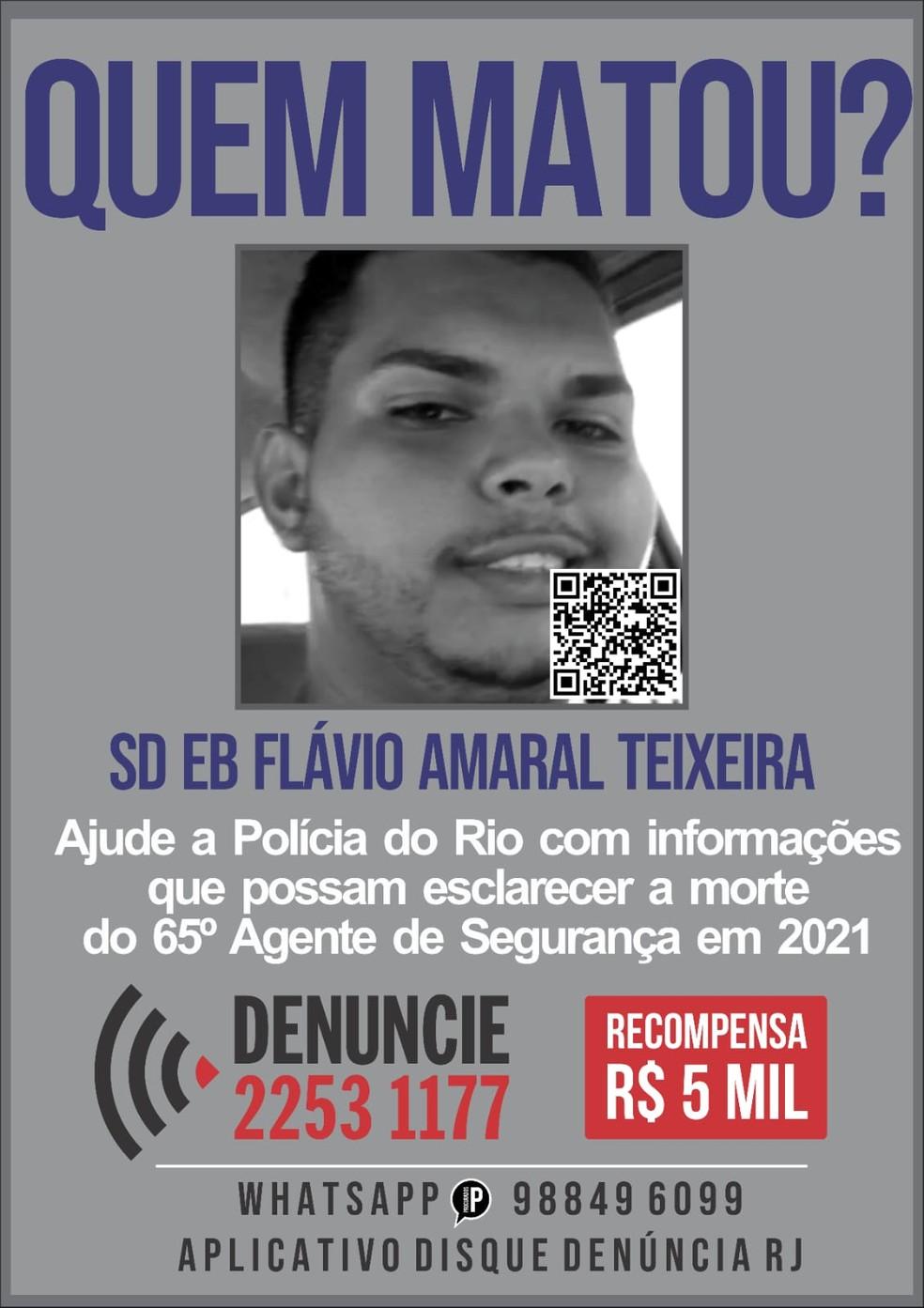 Cartaz do Disque Denúncia da morte do soldado Flávio — Foto: Reprodução