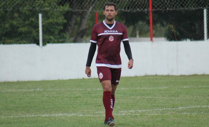 Luiz Eduardo - atacante do América-RN (Foto: Canindé Pereira / América FC)