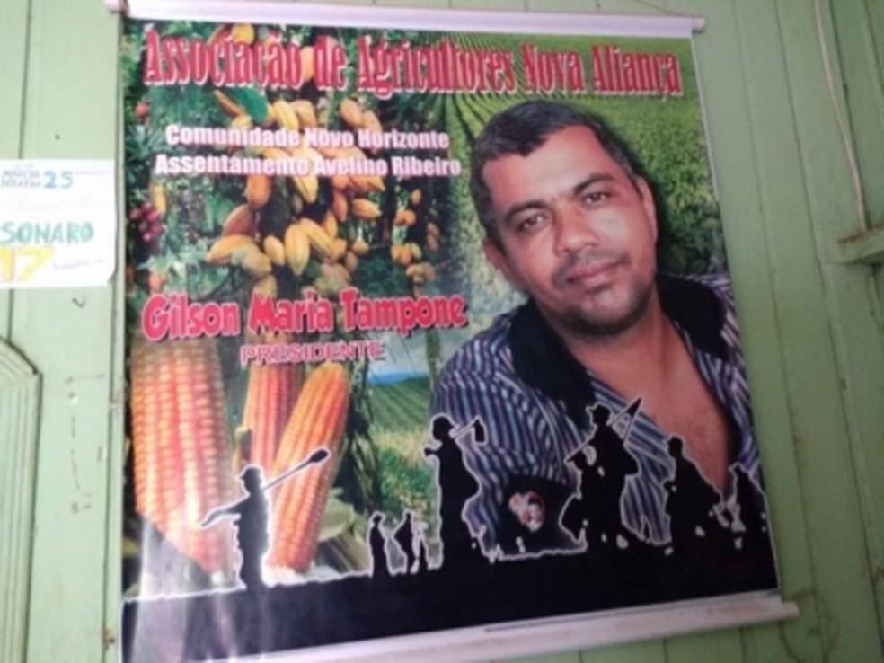 Foto de Gilson Maria em banner da Associação dos Agricultores Nova Aliança — Foto: Reprodução/Redes Sociais