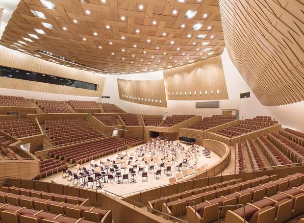 Shanghai Symphony Hall, em Xangai, na China (Foto: Reprodução/ Hisao Suzuki)
