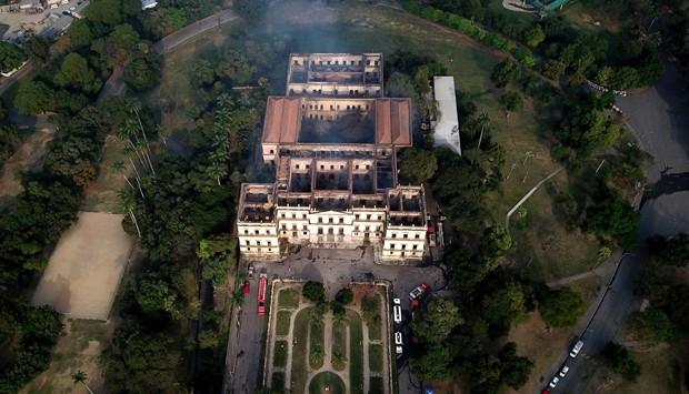 RI Rio de Janeiro (RJ) 03/09/2018. Incêncio destrói Museu Nacional na Quinta da Boa Vista. Foto Custodio Coimbra (Foto: Agência O Globo)