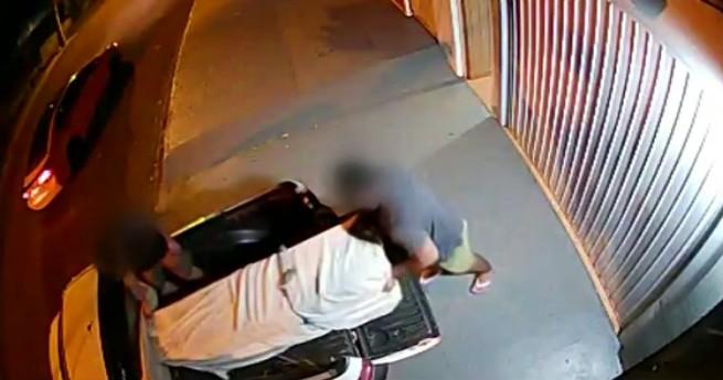 Suspeito de matar e abandonar corpo de mulher em guarda-roupa é preso; imagens mostram homem deixando apartamento com móvel