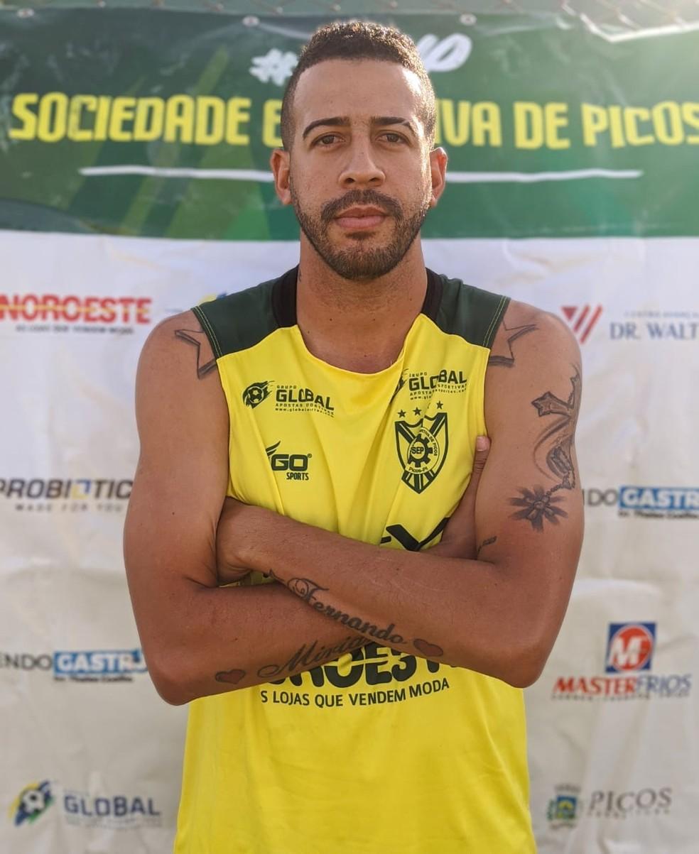 Diego Costa - Meia - Picos — Foto: Antônio Rocha