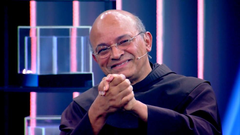 Frei Luiz participa do quadro Inspiração, no Caldeirão do Huck — Foto: Globo