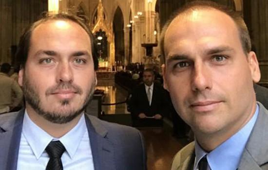 Os irmãos Carlos e Eduardo Bolsonaro, filhos do presidente da República