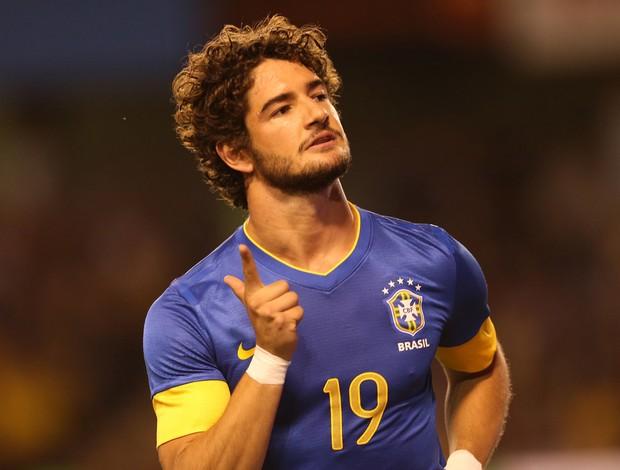 alexandre pato brasil x suecia (Foto: Mowa Press)