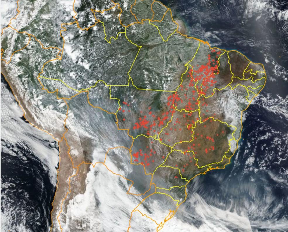 Focos de queimadas registrados pelo Inpe em 9 de setembro — Foto: Programa Queimadas / Reprodução
