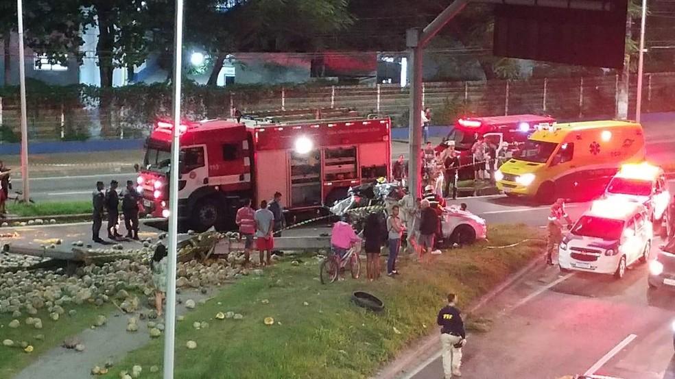Acidente aconteceu na Serra, no Espírito Santo — Foto: VC no ESTV