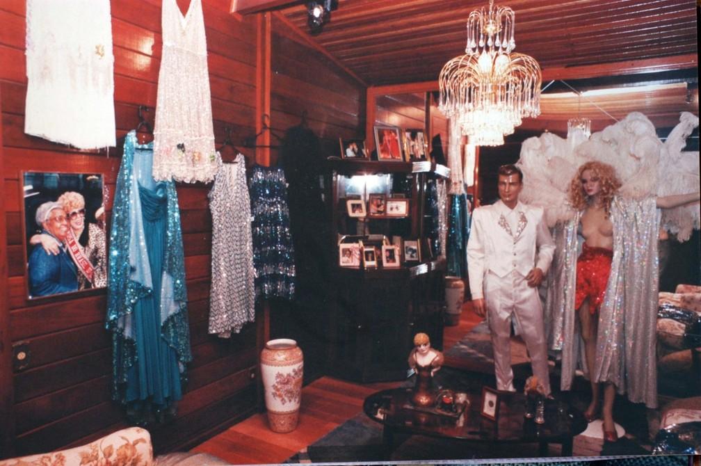 Museu, em Santa Maria Madalena, reúne peças que contam a história da atriz Dercy Gonçalves  (Foto: Nestor Lopes/Arquivo Pessoal)