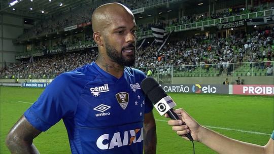 Bruno Silva fala sobre jogar com um a menos e diz que árbitro não teve critério