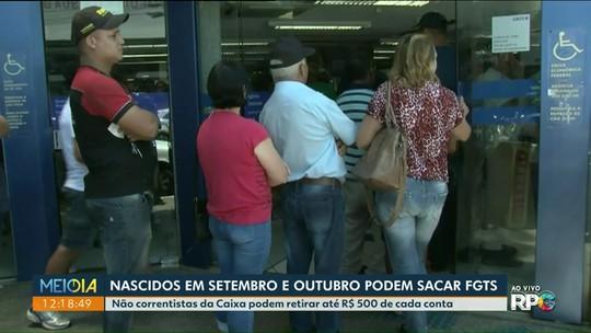 Moradores de Paranavaí fazem fila no banco para sacar FGTS