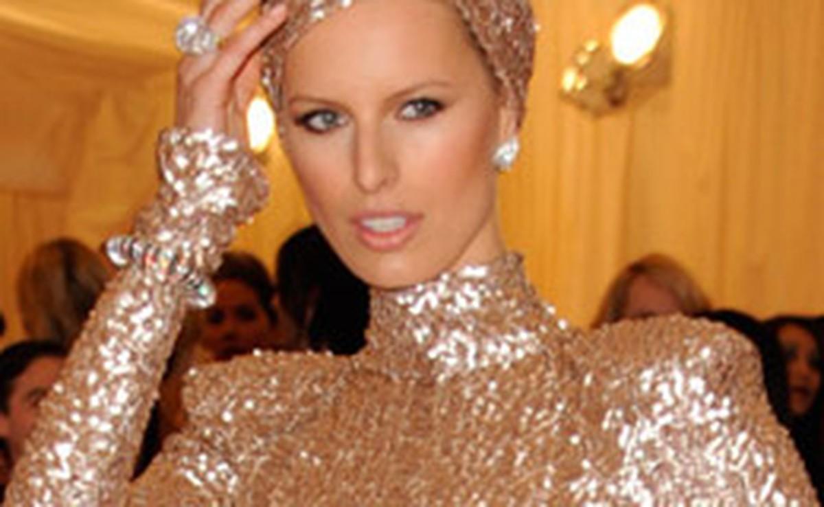 Inspire-se nas famosas para vestir looks delicados e ao