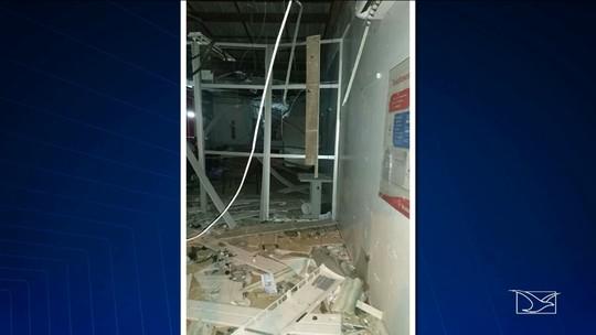Suspeitos por explosão a banco são mortos em confronto com a polícia