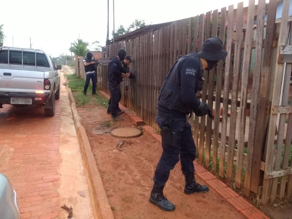 Foram cumpridos mais de 40 mandados judiciais na terceira fase da Operação Êxodos (Foto: Divulgação/Polícia Civil)